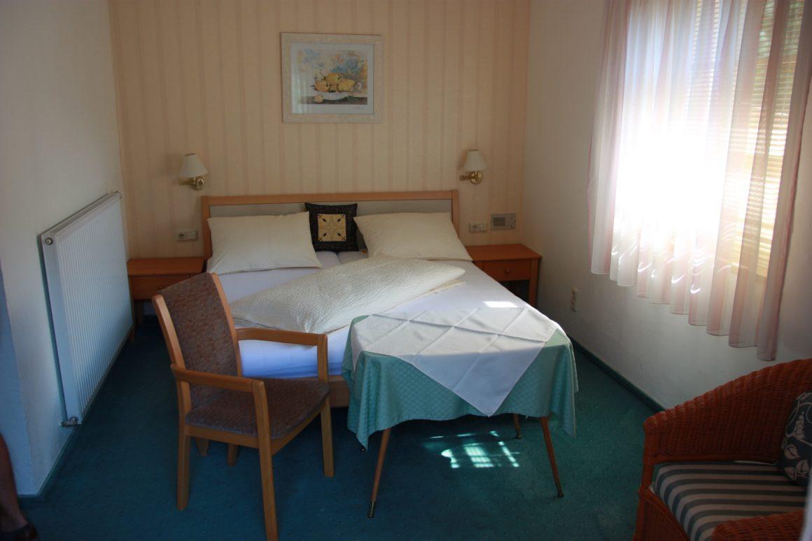 GRÜNAUHOF STANDARD Doppelzimmer